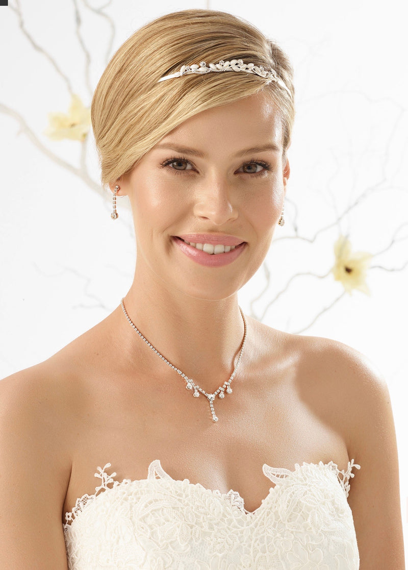 Bianco Evento Tiara / Hairband D26