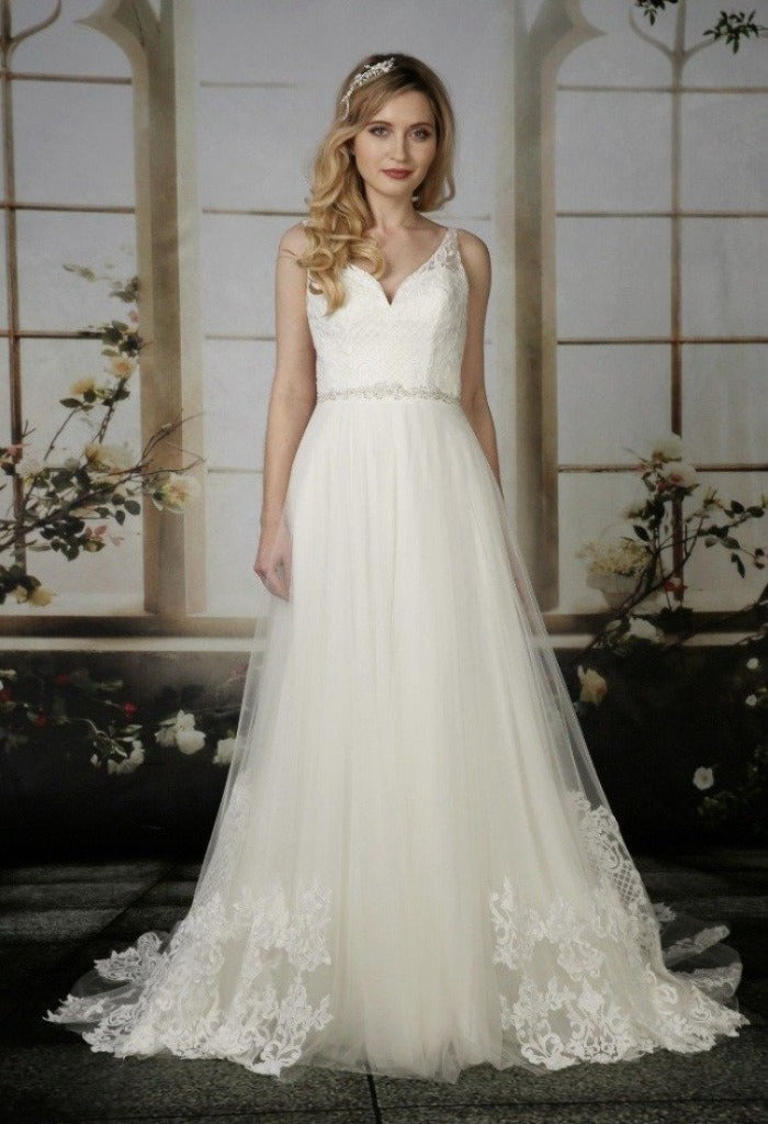 Nieve Couture Iona
