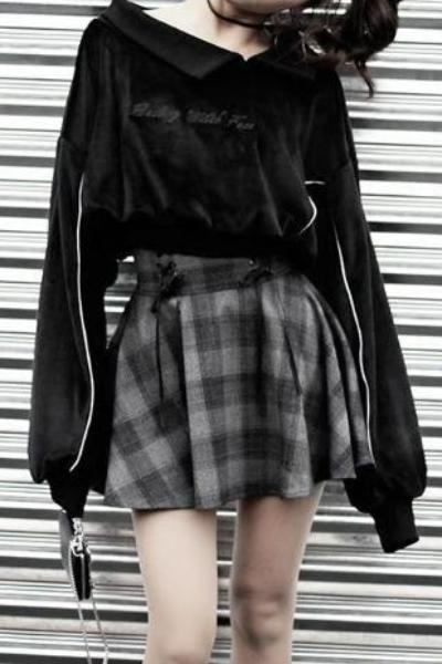 Dark Gray Plaid Short Skirt