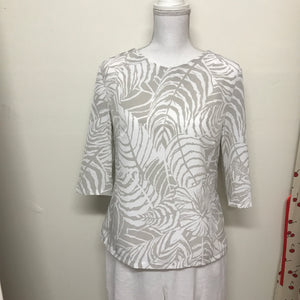 Leaf Pattern Neutral Coloured Top