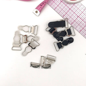 "Hardware & Fasteners - 3/4"" (20mm) Garter Clips With Adjuster Clips For Lingerie In Clear/Silver And Black/Silver - Set Of 4"