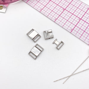 "Hardware & Fasteners - 3/8"" (9 Mm) Metal Front Closures In Silver For Bra, For Swimwear Or Lingerie"