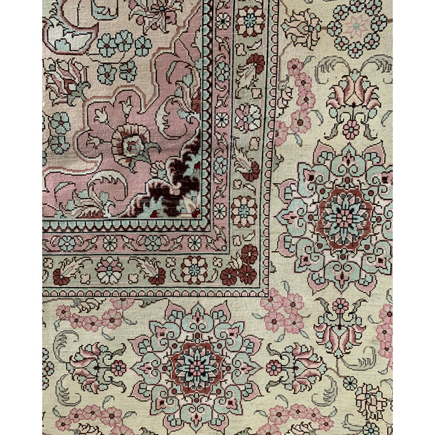 Silk - Traditional Kashmiri Pure Silk Pile Hand Knotted Luxury Rug - Stella Rugs