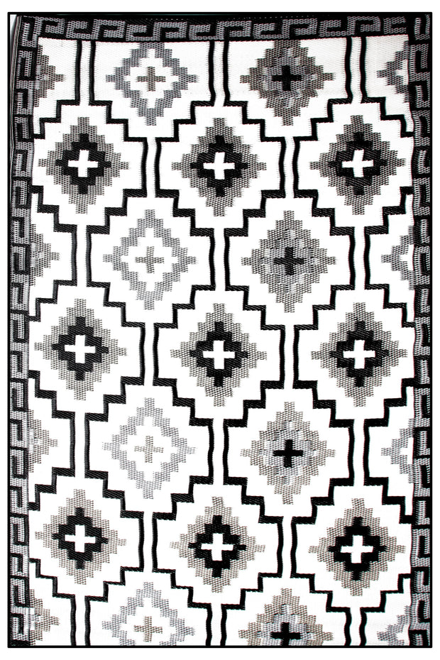 Lhasa Black and Cream Outdoor Rug - Stella Rugs