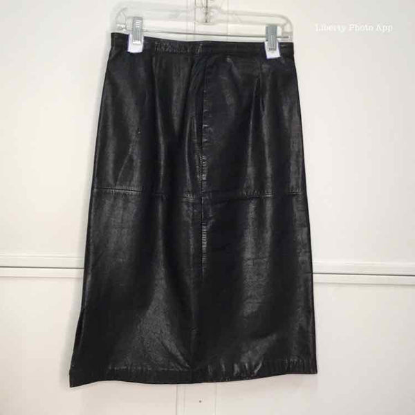 Women Size 12 Black Skirt