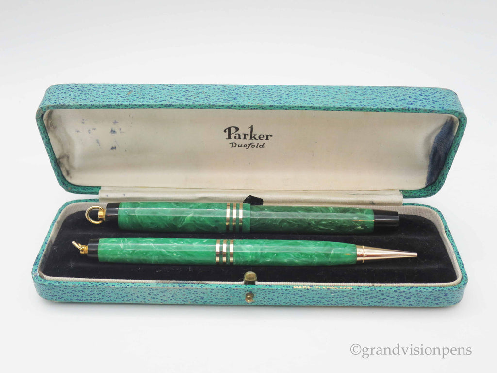 Boxed Vintage Parker Duofold Fountain Pen & Propelling Pencil Set Marbled Jade Green (Restored, Excellent Condition) - Grand Vision Pens UK