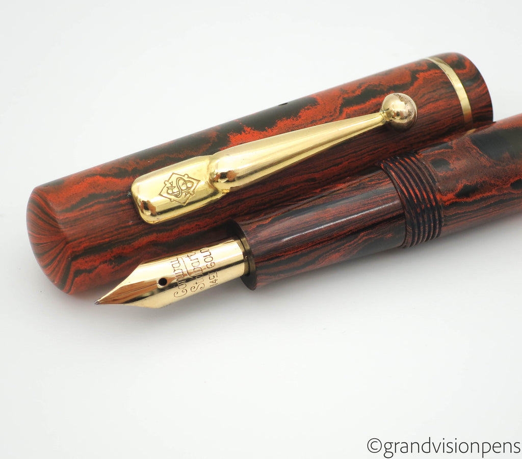 Vintage The Conway Pen by Conway Stewart No.476M 14k Gold Semi Flex Nib - Grand Vision Pens UK