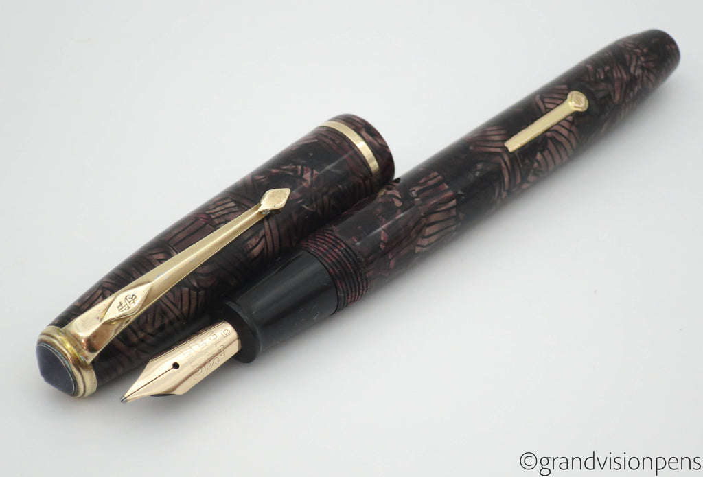 Vintage Conway Stewart No.28 Lever Filled Fountain Pen 14k Gold ITALIC Nib (Serviced, Nr MINT) - Grand Vision Pens