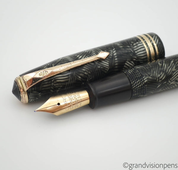 Vintage Conway Stewart No.58 Lever Filled Fountain Pen 14k Gold Fine Nib - Grand Vision Pens UK