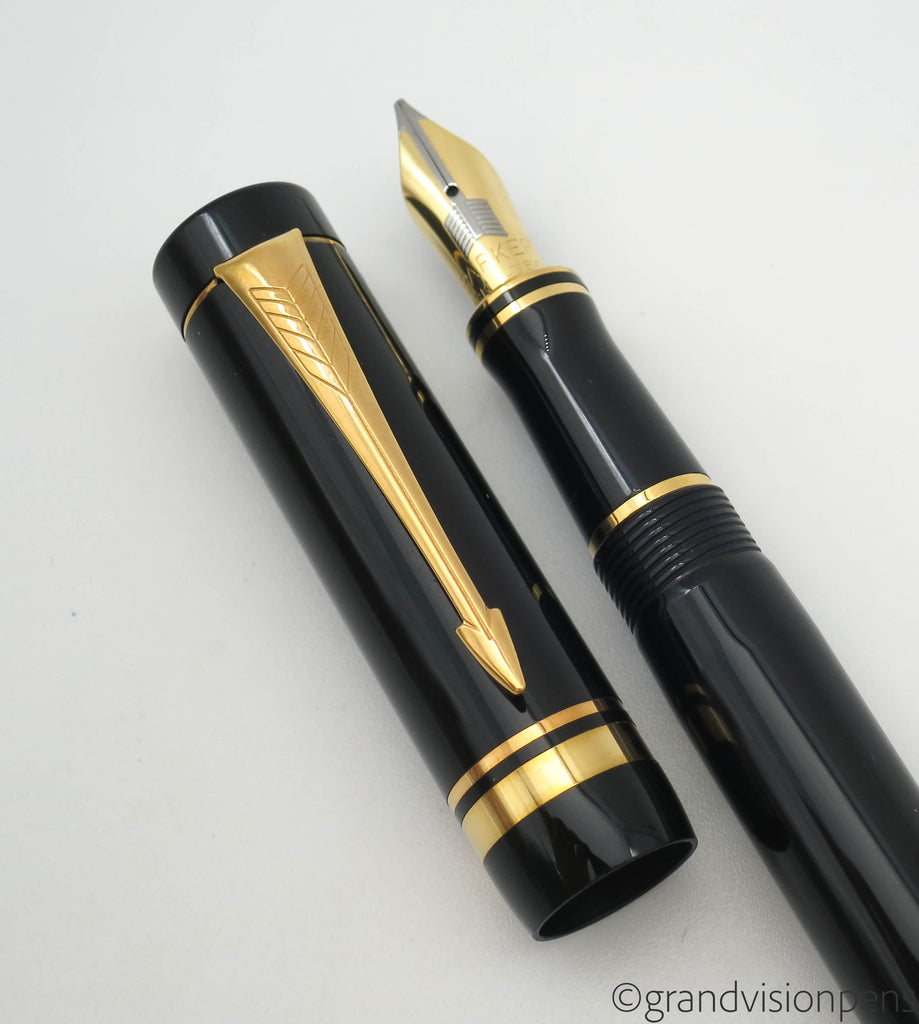 Parker Duofold International MK I Fountain Pen Black GT 18k Gold Fine Oblique Italic Nib (Very Good) - Grand Vision Pens UK