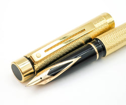 Sheaffer Targa 1009 Barleycorn Classic Fountain Pen 14k Gold Fine Nib