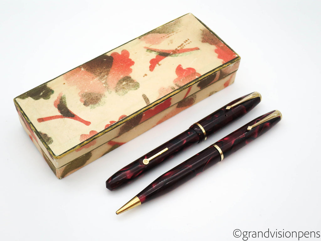 Boxed Vintage Conway Stewart DINKIE Fountain Pen & Pencil Set (Excellent) - Grand Vision Pens UK
