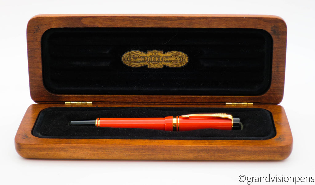 Limited Edition Parker Duofold International Fountain Pen 18k Gold M Nib (Near Mint) - Grand Vision Pens UK