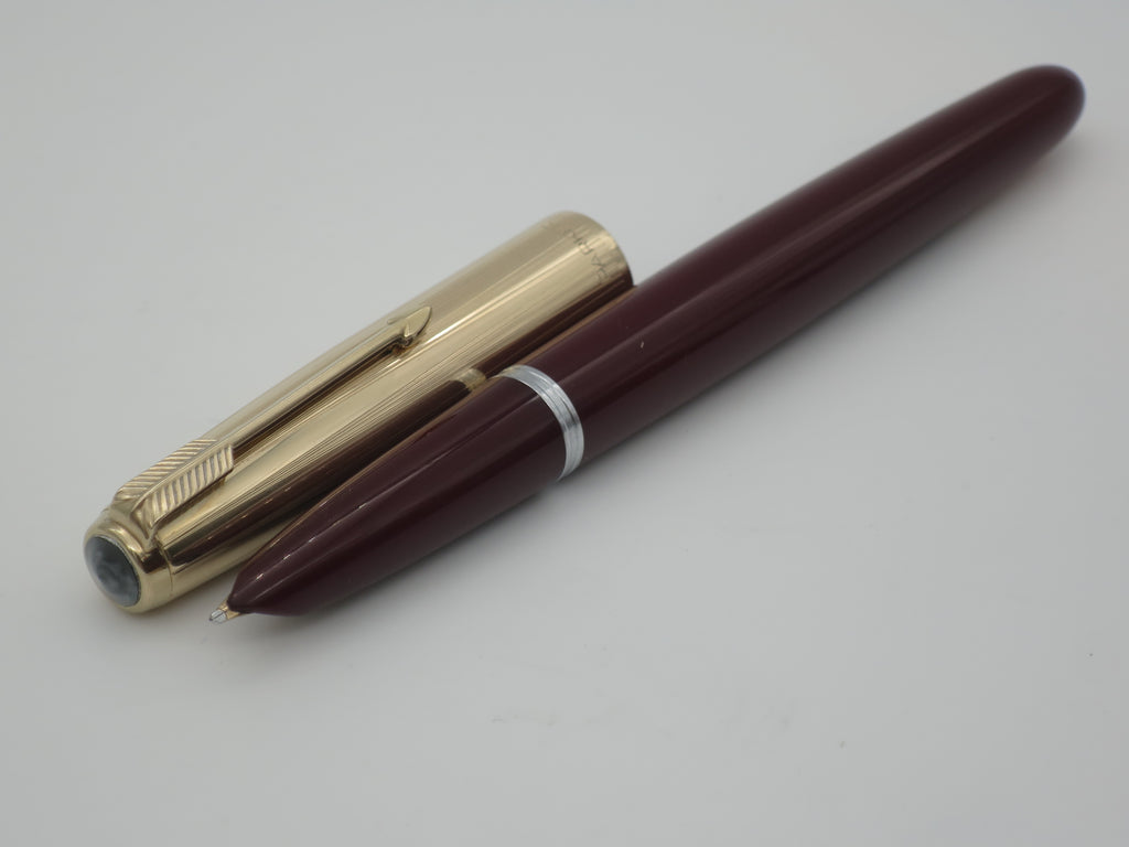 Vintage Parker 51 Aerometric Fountain Pen Burgundy & Rolled Gold Medium / Broad Nib (Very Good Condition) - Grand Vision Pens UK