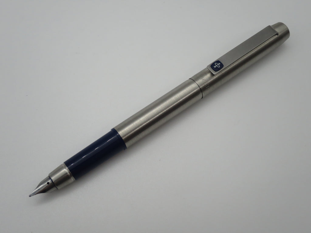 Vintage Parker 25 Stainless Steel Fountain Pen + Ink Converter (Very Good Condition) - Grand Vision Pens UK