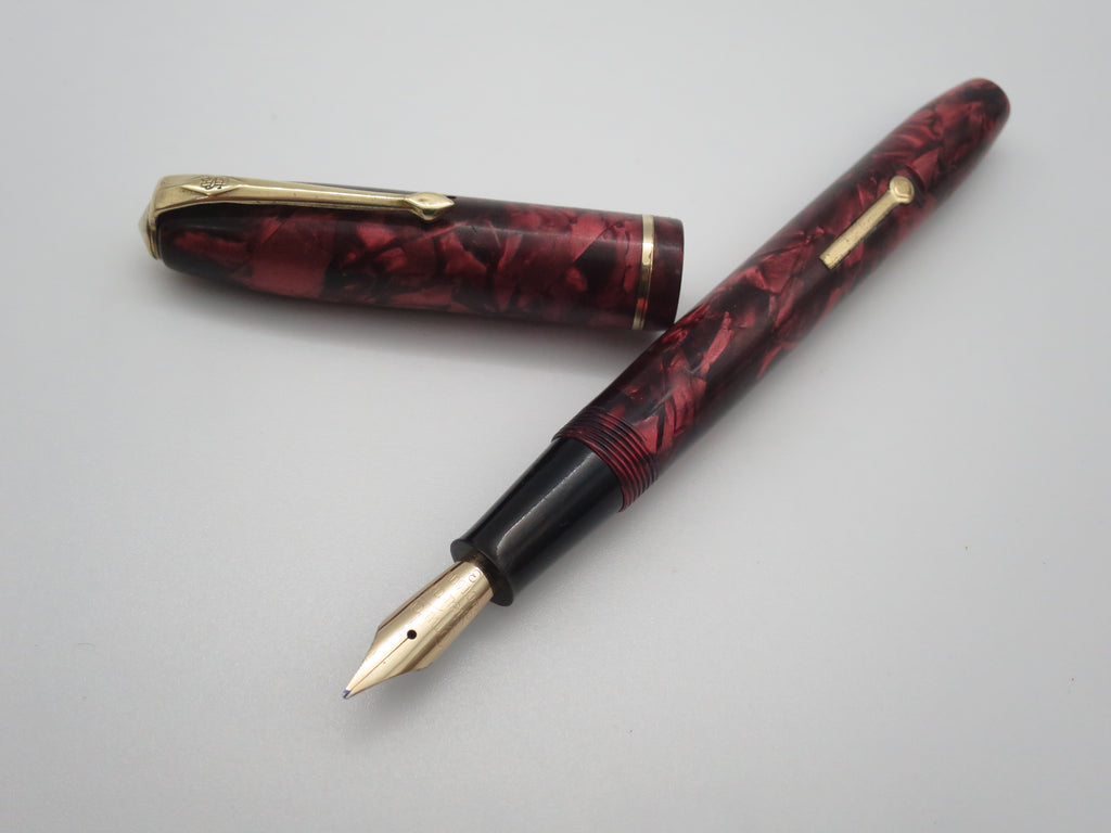 Vintage Conway Stewart No.85 Lever Filled Fountain Pen (Serviced, Very Good Condition) - Grand Vision Pens UK
