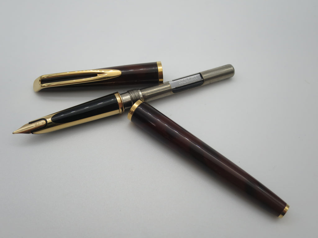 Rare Vintage Waterman C/F Fountain Pen Tortoiseshell Lacque 18k Gold Nib - Serviced - Grand Vision Pens UK