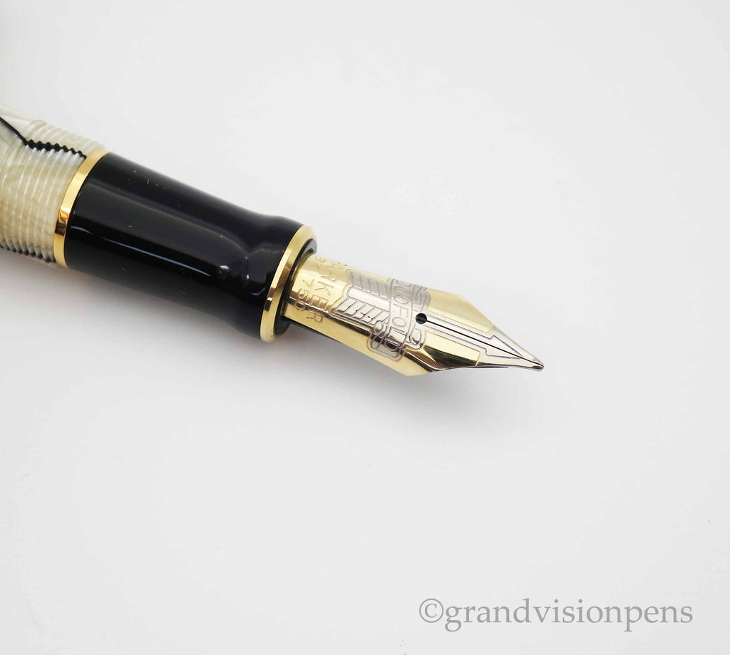 Boxed Parker Duofold Centennial Black Pearl Fountain Pen 18k Gold Nib (Near Mint) - Grand Vision Pens UK