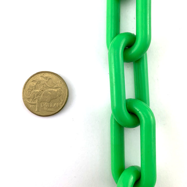 Green plastic chain UV stabilised, size 8mm, 30-metre reel. Australia.