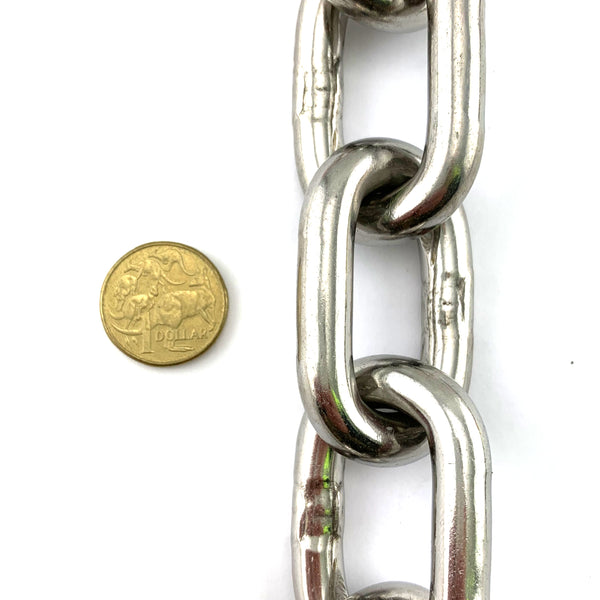 10mm stainless steel welded link chain in a 25kg bucket, with 13.6 metres of chain. Melbourne, Australia.