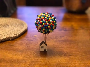 Pin Balloon House Unique Holder