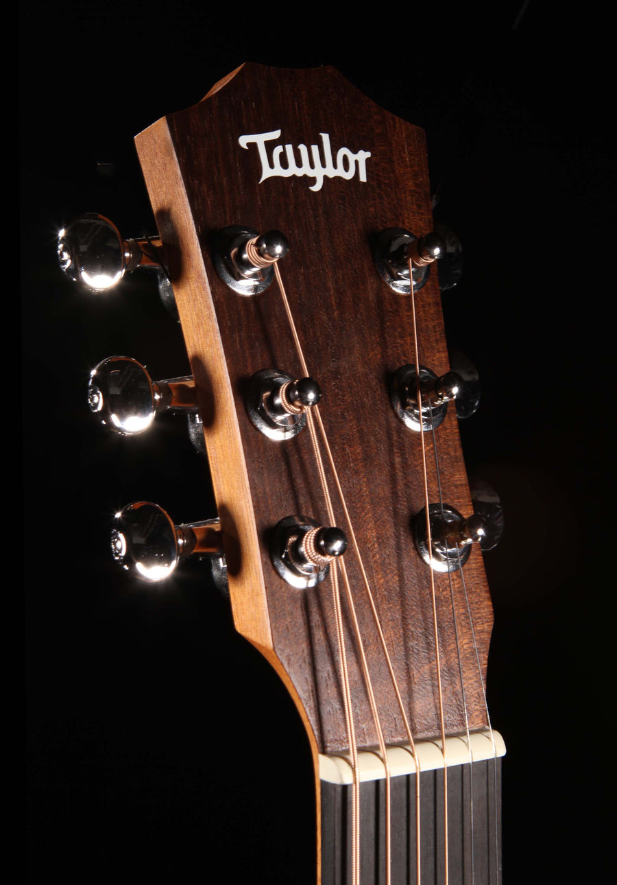 Taylor BT2e Baby Mahogany Dreadnought Acoustic-Electric Guitar