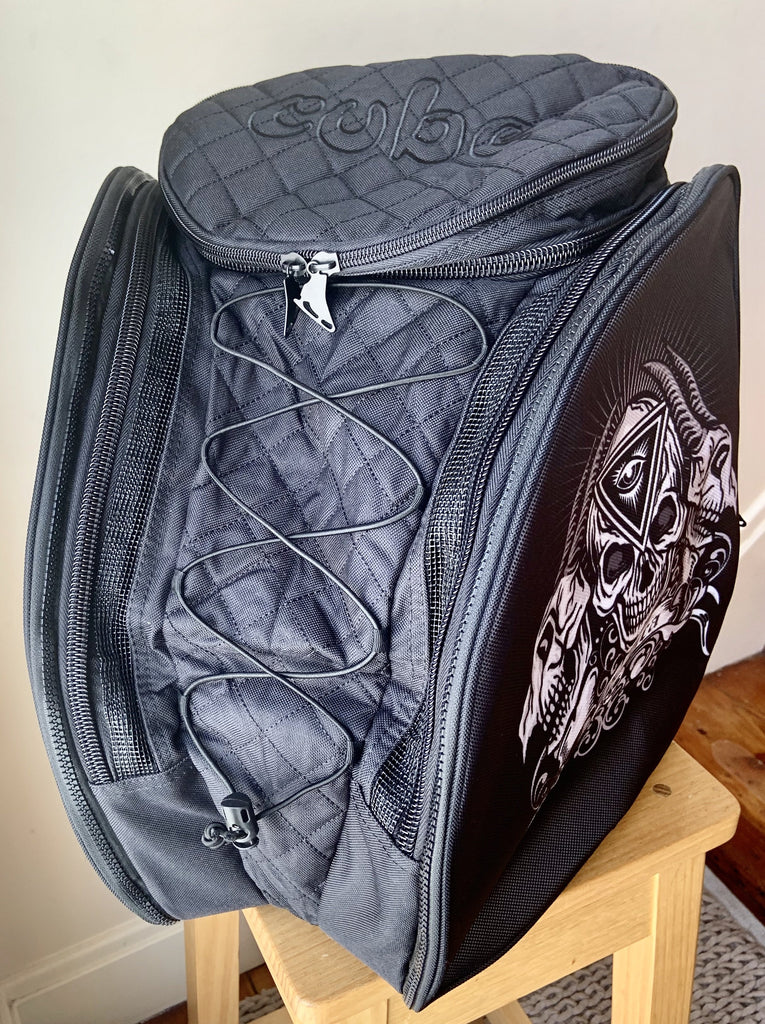 CUBE skate backpack Black with three spinners. (for Figure & Inline skates only)