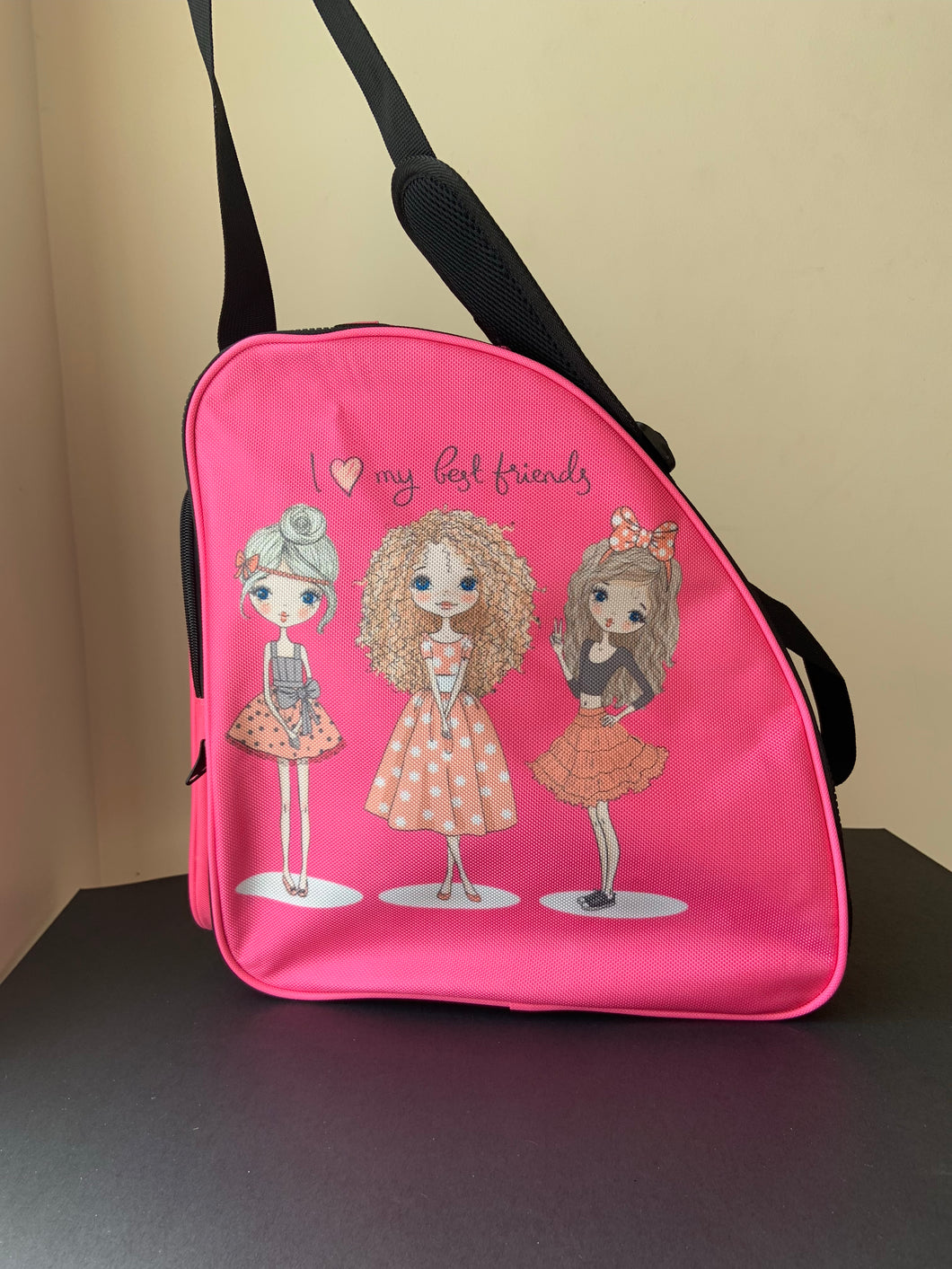 CUBE Shoulder Bag Pink with best friends.