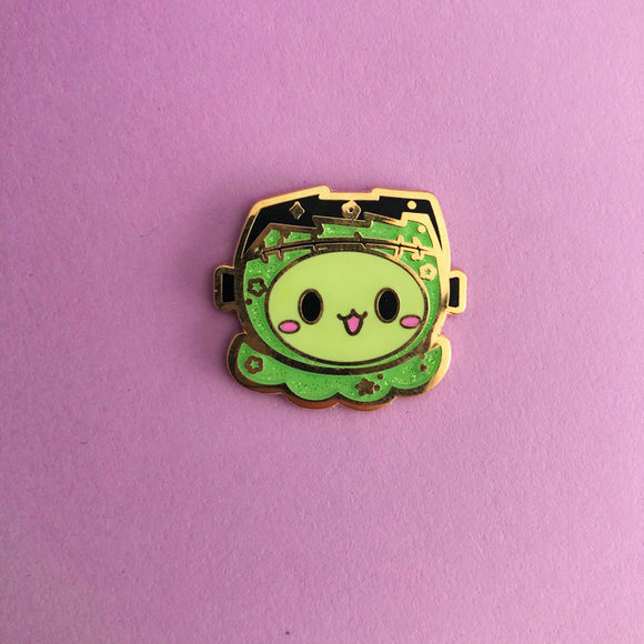 ♥B GRADE♥ Monster Radish Enamel Pin