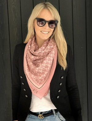 Dark Hampton Scarf - The Ellwood Scarf