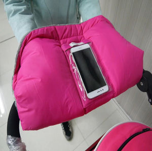 Stroller Gloves With Phone Pouch