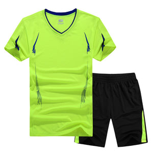 2017 New Summer Men Set Sporting Suit Short Sleeve T shirt+Shorts Two Piece Set Sweatsuit Quick Drying Tracksuit For Men M-9XL