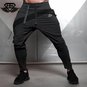 2018 New brand Gyms body engineers Men's track suit is suitable for men's casual men's fall suit men's Bodybuilding leisure suit