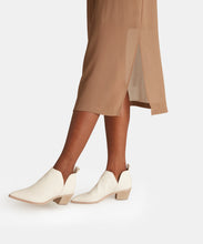 SONNI BOOTIES IN WHITE EMBOSSED LEATHER -   Dolce Vita