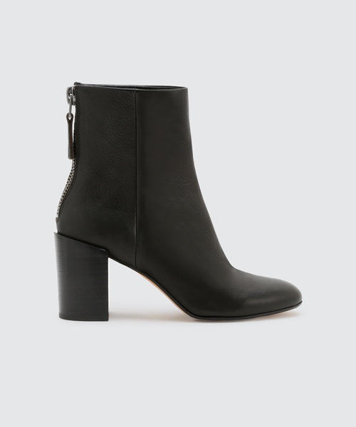 CYAN BOOTIES IN BLACK -   Dolce Vita