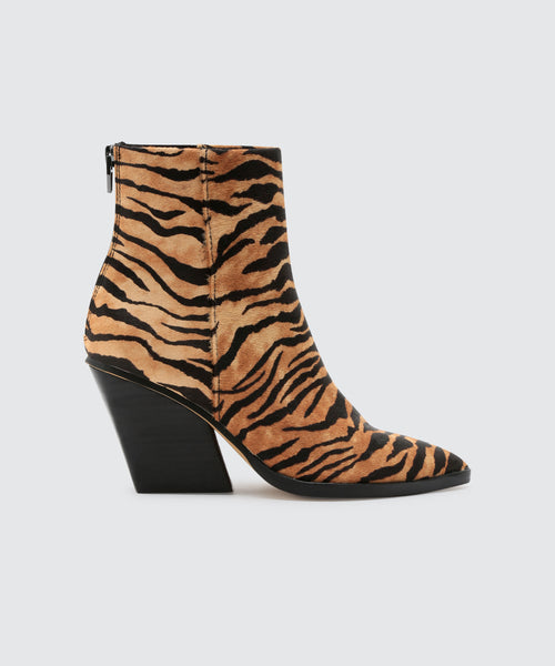 ISSA BOOTIES IN TIGER -   Dolce Vita