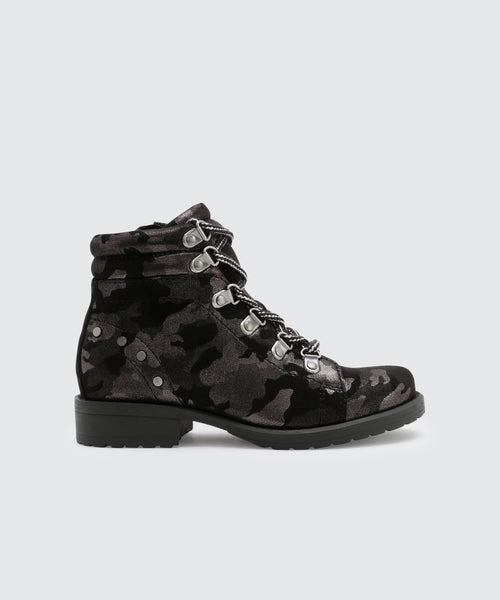 LEDA BOOTIES IN CAMO -   Dolce Vita
