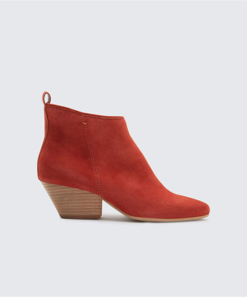 PEARSE BOOTIES IN CINNAMON -   Dolce Vita