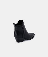 SAMMEY BOOTIES IN BLACK LEATHER -   Dolce Vita