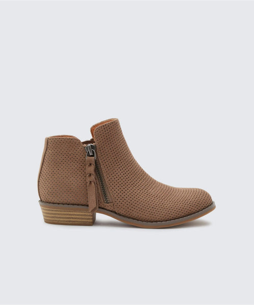 SELA BOOTIES IN ALMOND -   Dolce Vita