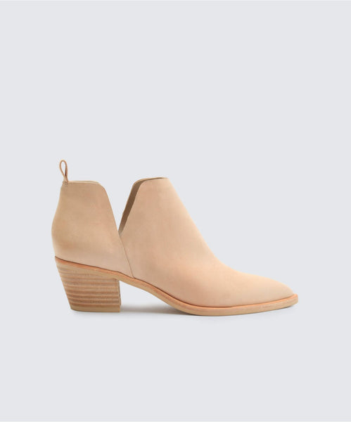 SONNI BOOTIES IN SAND -   Dolce Vita