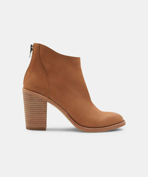 STEVIE BOOTIES TAN -   Dolce Vita