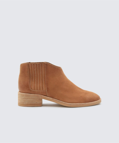 TOWNE BOOTIES IN TAN -   Dolce Vita