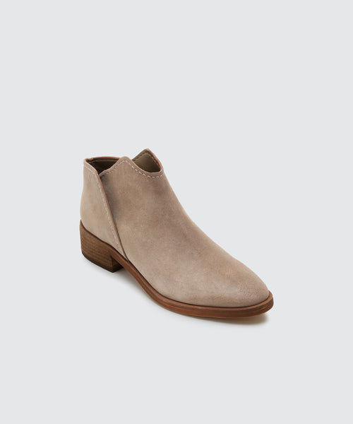 TRIST BOOTIES IN DK TAUPE -   Dolce Vita