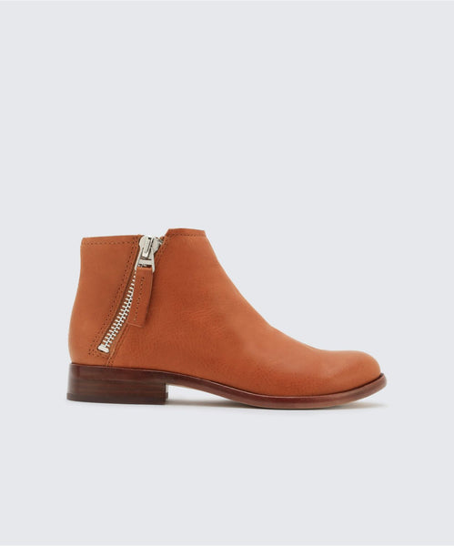 VESA BOOTIES IN BROWN -   Dolce Vita