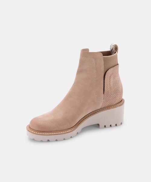 HUEY BOOTIES IN BLUSH SUEDE