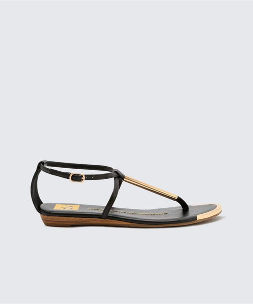 ARCHER FLATS IN BLACK -   Dolce Vita