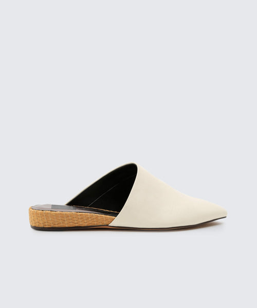 EKKO FLATS IN OFF WHITE -   Dolce Vita