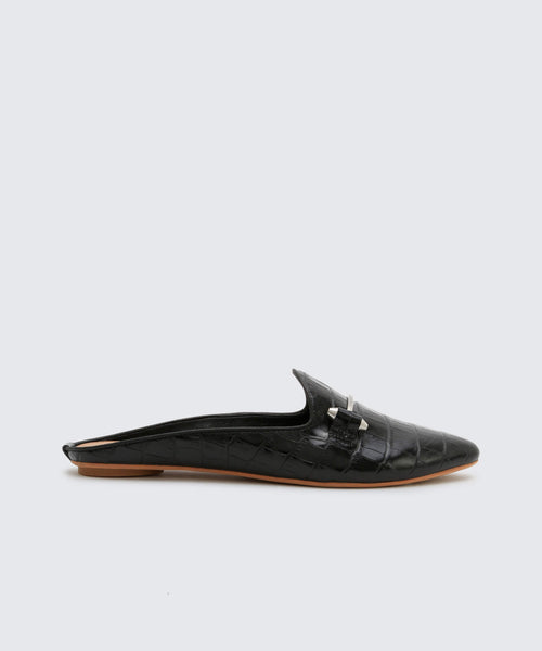 GRAM FLATS IN BLACK -   Dolce Vita