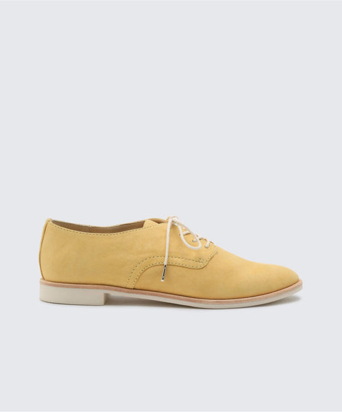 KYLE FLATS IN YELLOW -   Dolce Vita
